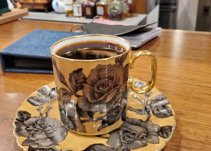 Yellow rose coffee cup from Cafe Rostro