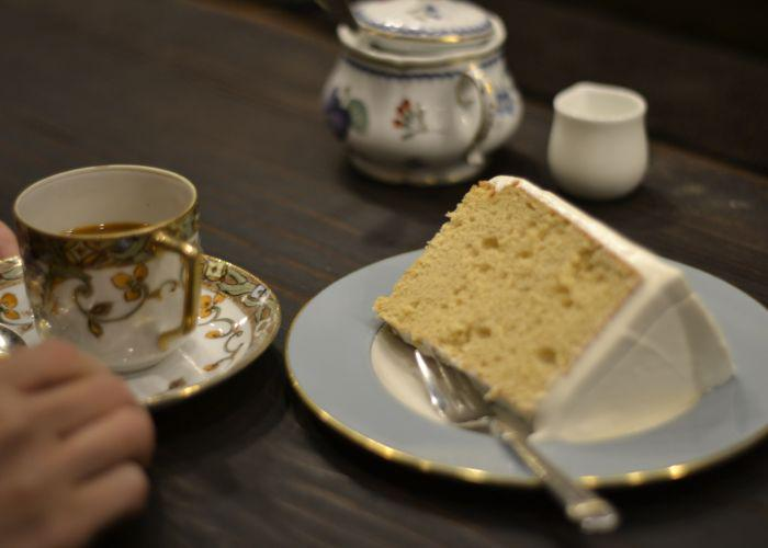 Chiffon cake and a cup of coffee at Satei Hato (Chatei Hato), a cafe in Shibuya