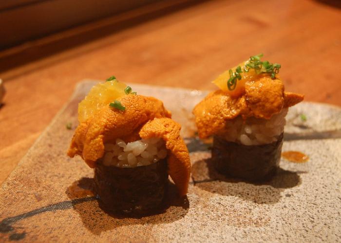 Uni (Japanese sea urchin) sushi