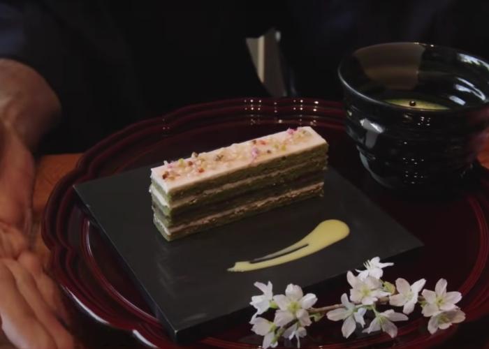 Cherry blossom dessert set at Happo-en Garden with matcha