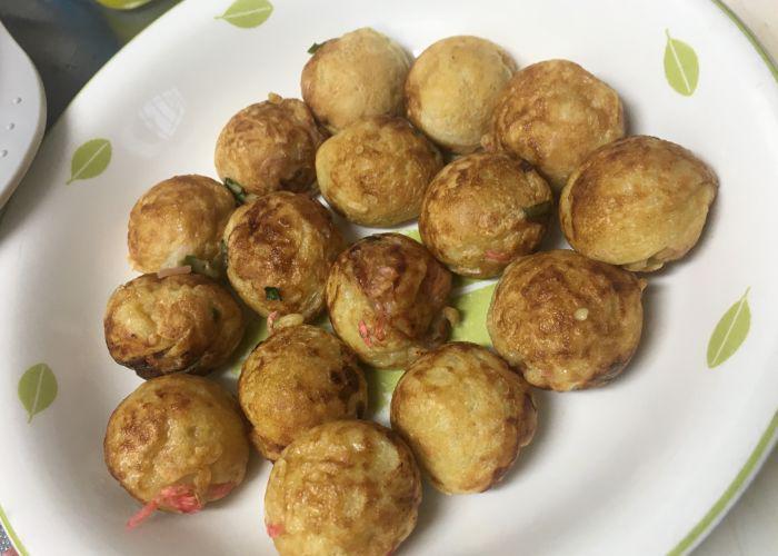 Takoyaki balls on a plate