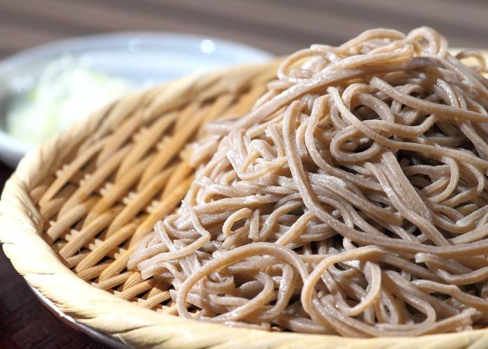 Soba noodles on a bamboo tray