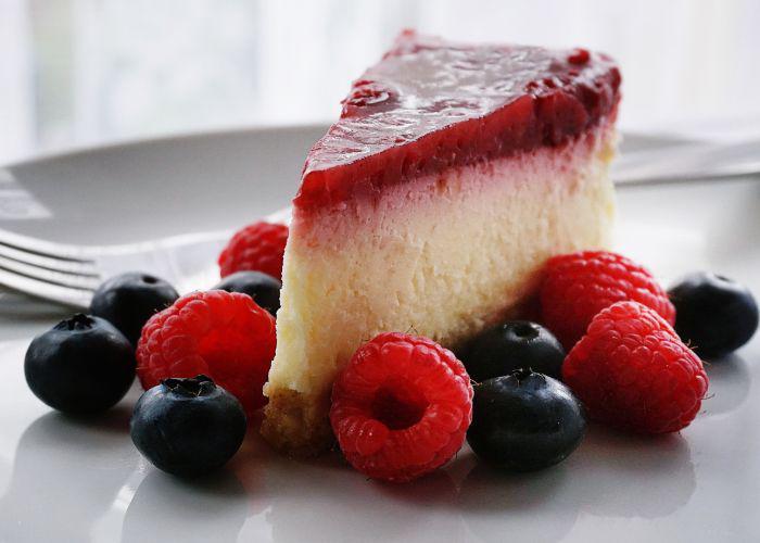 Cheesecake, blueberry, raspberry
