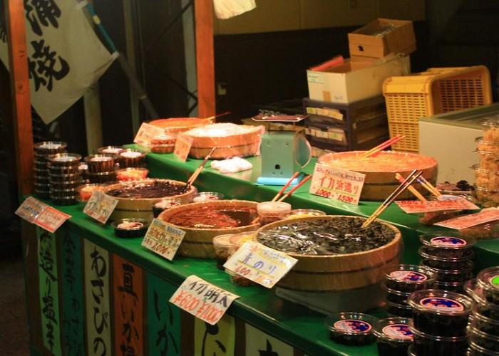A seafood stall in Omicho Fish Market in Kanazawa
