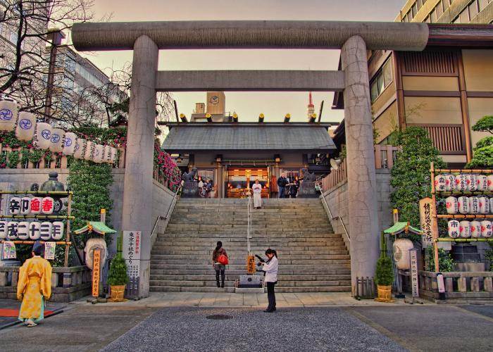 The tori entrance of the Shiba Daijingu Shrine.