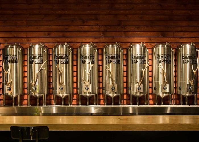 8 taps of craft beer.