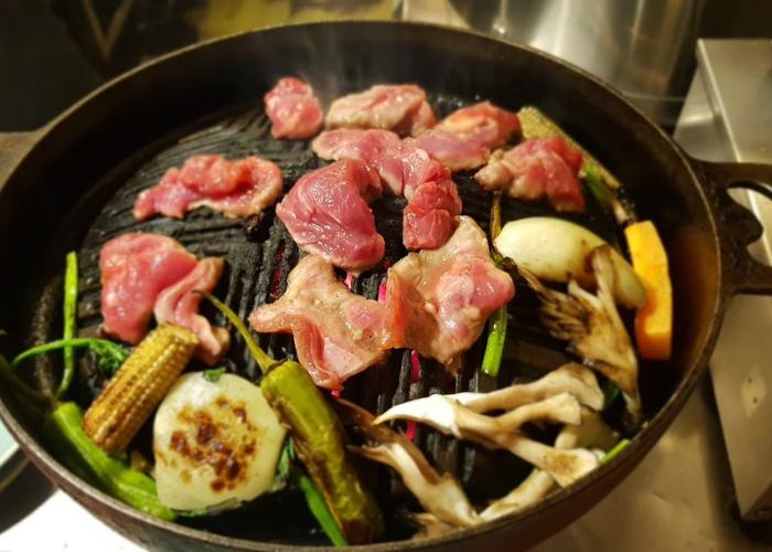Jingisukan meat being grilled
